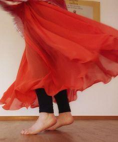 Möchtest du deine innere Balance finden? Coaching, Ballet Skirt, Skirts, Fashion, Dance, Health, Training, Moda, Skirt