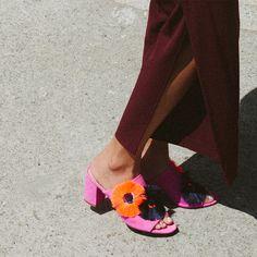 50829e898e5cf Loeffler Randall RE17 - Clo in Azalea Floral Vans Shoes