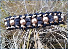 paracord dog collar with gold and Pearls.
