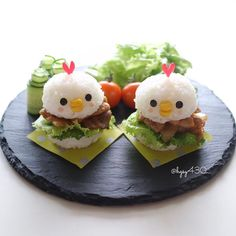 Yakiniku chicken rice burgers by yuka ( Cute Food, Good Food, Yummy Food, Japanese Food Art, Childrens Meals, Food Carving, Bento Recipes, Food Decoration, Happy Foods