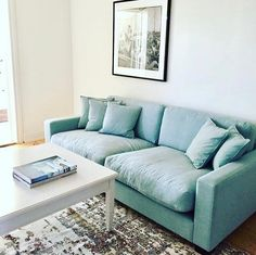 Turkos Valen soffa. Dun, linne, djup, låg, rymlig, möbler, inredning, Linda Lindorff, vardagsrum.