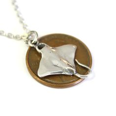 jewelry // Tiny Sterling Silver Stingray Necklace Sting Ray Pendant 389