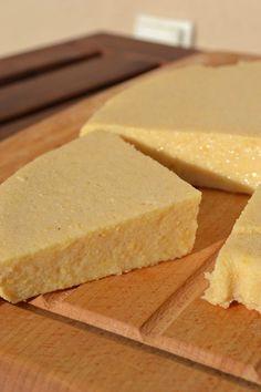 WEGANON: WEGAŃSKI NABIAŁ Z CIECIERZYCY - SER / Chickpea cheese Vegan Snacks, Vegan Food, Tofu, Vegan Cheese, Cornbread, Vegetarian Recipes, Cheesecake, Food And Drink, Homemade