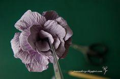 W Kartkowym Zaciszu: Jak zrobić różyczkę