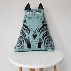 Kitty Cushion (blue) – Lush Designs