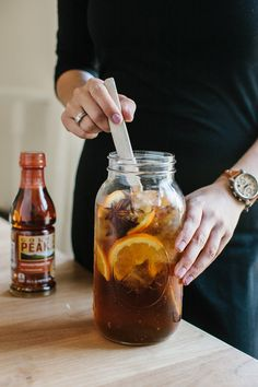 yummy iced tea flavored with cinnamon, orange, apple and anise to give you fall in cup