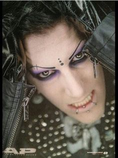 Chris Motionless he does his makeup better than any girl I've ever seen.