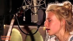 Billie Marten - You Make My Dreams (Cover) Only 14 years old... woah.