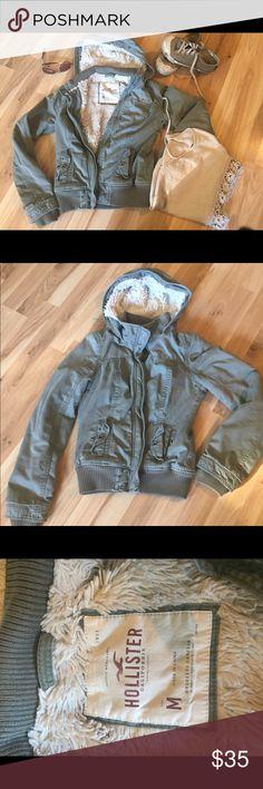 Selling this Hollister Jacket Olive Green M on Poshmark! My username is: rayatchie. #shopmycloset #poshmark #fashion #shopping #style #forsale #Hollister #Jackets & Blazers