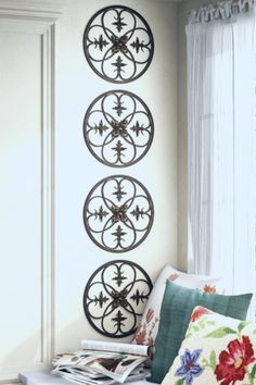 Create depth and beauty by using Parisian inspired Fleur de Lis wall decorations Fleur De Lis Wall Decorations - Shabby chic French Country Wall Decor, French Country Decorating, Metal Wall Decor, Wall Art Decor, Medallion Wall Decor, Wall Decorations, Home Wall Art, Cool Walls, Frames On Wall