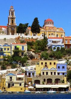 Symi Greece, Mansions, House Styles, Home Decor, Greece Country, Decoration Home, Manor Houses, Room Decor, Villas