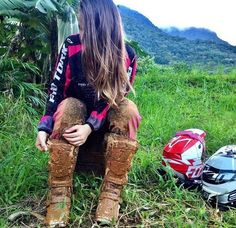 I fucking miss these days Motocross Couple, Motocross Girls, Lady Biker, Biker Girl, Dirt Bike Gear, Dirt Biking, Chica Cool, Enduro, Quad Bike
