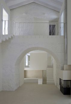 Gallery of Two Houses in Oropesa / Paredes Pedrosa - 3