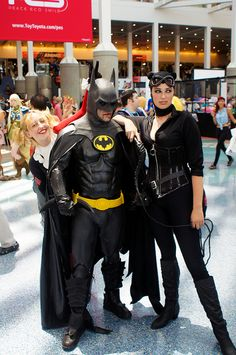 Batman & Catwoman cosplay.