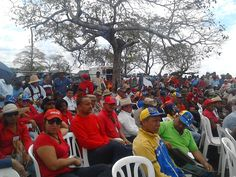 @vencedor_ribas : RT @FajaCombatiente: A #200AñosDeMucuritas seguimos las sendas de las victorias   @TuiterosDLaFaja @PDVSA @VTVcanal8 @MinPetroleoVE  @PetroleroBoyaca