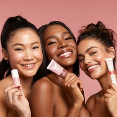 Covergirl just launched a clean makeup collection that makes avoiding parabens and talc in beauty products lot easier and way more affordable. Talc, Beauty Games, Face Routine, Lip Oil, Vegan Makeup, Cream Blush, Beauty Shoot, Even Skin Tone, Fresh And Clean