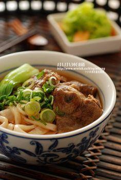 紅燒牛肉麵…比外面賣的還好吃喔   小小米桶