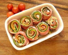 Baconos, sajtos cukkini tekercs