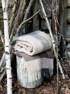 """Warm Valentine's Day...under a """"Roros Tweed"""" Blanket !"""