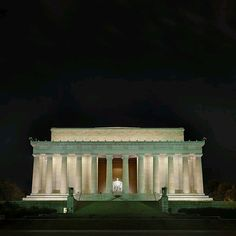 Lincoln Memorial  The Lincoln Memorial is located at the western end of the National Mall. The nearest metro stations are Foggy Bottom (23rd St. & I St. NW) and Smithsonian (12th St. & Independence Ave. SW).   Hours: The Lincoln Memorial is open 24 hours a day, daily, except Christmas Day.  Fees & Reservations - No Entrance Fee.