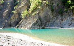 Acque caraibiche e spiagge bianche: le offre la valle del fiumeTrebbia, a un'ora da Milano. Tuffati connoi! Spiaggia incontaminata a un'ora e mezza da Milano Sapete dove siamo andati …