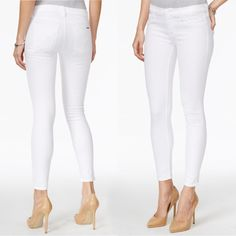 No Fourth of July weekend wardrobe is complete without white denim. Bonus: these already made our list of best white skinny jeans for the year, loved for their fit and fabric.