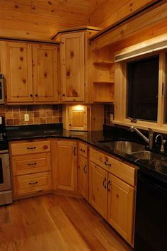 Image from http://reedbuild.com/Images/Used(new)/MitrickKitchenLeftCorner.jpg.