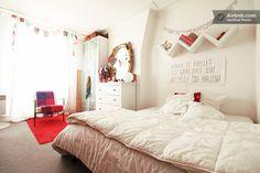 Charming Sunny Apartment Montmartre in Paris