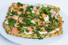 Spinat-Pizzaboden: 1 Eigelb 2 geschlagene Eiweiß 40g Reibekäse (ich nutze die light Version) 1 handvoll gehackten frischen Spinat 1 EL Dinkelvollkornmehl (ca. 25g)