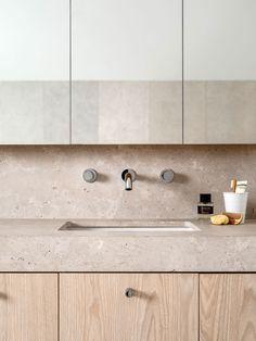 Combinación de texturas en una cocina