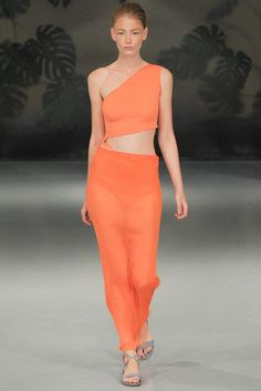 Barbara Casasola Spring 2015 Ready-to-Wear Fashion Show Couture 2015, Couture Fashion, Runway Fashion, Spring Fashion, High Fashion, Fashion Show, Fashion Design, London Fashion, Fashion 2015