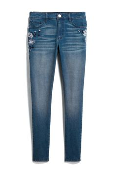I like the minimal embroidery on these embroidered jeans. Plus no distressing.