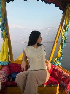 Dal lake #travelblogger #kashmir #travelindia #exploreindia