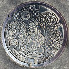岡山県瀬戸内市長船地域のマンホールの蓋  #岡山県 #瀬戸内市 #マンホール #マンホールカバー #ご当地マンホール#sewercover #coalhole #draincover #manholecover #manhole