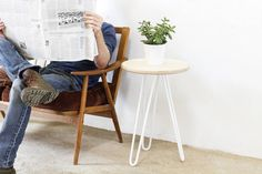 Are you interested in our industrial side table? With our Hairpin leg side table you need look no further.