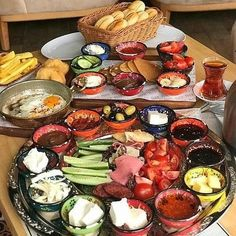 Bolig til salgs i Alanya Alanya Turkey, Turkish Breakfast, Brunch, Party Buffet, Commercial Real Estate, Istanbul Turkey, Antalya, Acai Bowl, Cooking