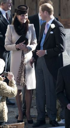 Pregnant Kate Middleton & Prince William: Swiss Wedding with Prince Harry!: Photo Kate Middleton hides her growing baby bump with a coat while heading to the wedding of Laura Bechtolsheimer and Mark Tomlinson on Saturday (March in Arosa, Switzerland. Kate Middleton Pregnant, Estilo Kate Middleton, Kate Middleton Style, Kate Middleton Prince William, Prince William And Catherine, William Kate, Duke And Duchess, Duchess Of Cambridge, Prince Harry