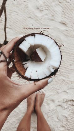 Coconut in Summer Beach Aesthetic, Summer Aesthetic, Aesthetic Food, Creative Instagram Stories, Instagram Story Ideas, Photos Originales, Photocollage, Insta Photo Ideas, Foto Art