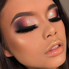 Permanent makeup can be a fantastic option for women who play sports, have many things to do each day, dislike numerous cosmetic items, or simply wish to invest less time and loan on the entire procedure. Eye Makeup Tips, Makeup Goals, Skin Makeup, Eyeshadow Makeup, Beauty Makeup, Flawless Makeup, Gorgeous Makeup, Love Makeup, Glam Makeup Look