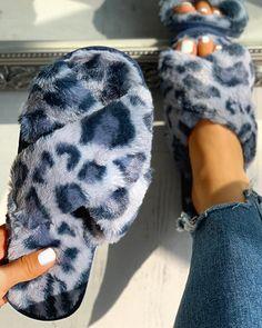 Fluffy Leopard Crisscross Flat Slippers Find More Stylish Women Swimwear, Dresses, Jumpsuits, Sets, Tops & Bottoms. Cute Slippers, Crocheted Slippers, Soft Slippers, Felted Slippers, Fluffy Shoes, Hype Shoes, Dream Shoes, Fashion Shoes, Style Fashion