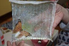 MATRIUSKADAS: Paso a Paso: Bandejas con Decoupage Decoupage, Rice Paper, Trays, Step By Step, Paper Envelopes, Bottle