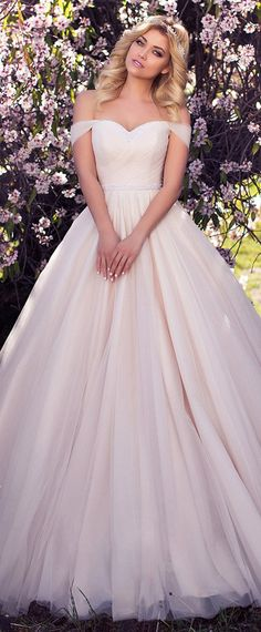 Fabulous Tulle Off-the-shoulder Neckline A-line Wedding Dress With Beadings & Pleats