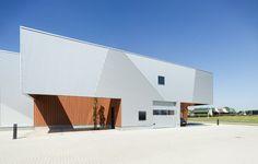 PvMG Trade & Business Center,© Thea van den Heuvel / DAPh