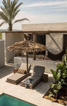 Un nuevo proyecto de Annabel Kutucu , en el que casi ha mejorado a su antecesor Casa Cook Rhodes Hotel,.. el nuevo Casa Cook en la isla de...