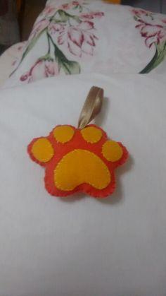 1: patinha de cachorro de feltro