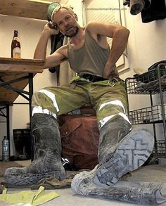 Lover of waders and wellies Mens High Boots, Rugged Men, Hard Workers, Tough Guy, Men In Uniform, Leather Men, Sexy Men, Hot Guys, Handsome
