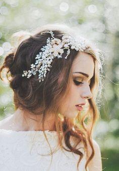 Beautiful Crystal & Pearl Bridal Headband Hair Vine...