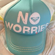 Roxy baseball hat! New! Never warn ❤️ Roxy Accessories Hats