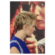 Back of JLaw's new short hair