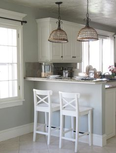 Kitchen Living Rooms Remodeling Horizon Gray by Benjamin Moore - The Wicker House: Updated Farmhouse Kitchen Kitchen Bar Counter, Kitchen Ikea, Breakfast Bar Kitchen, Narrow Kitchen, Living Room Kitchen, New Kitchen, Kitchen Small, Ikea Breakfast, Living Rooms